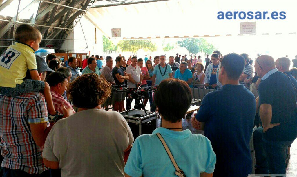 Público con Aerosar